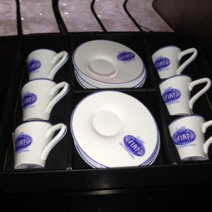 Set Cups Cafe